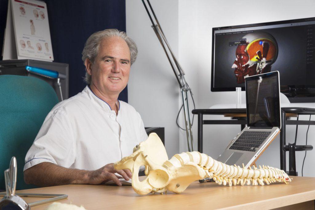 Consulta online por Skype con el Dr. en Osteopatía J.A. Blay Aloy